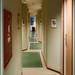Varför är hotellkorridorer så smala?