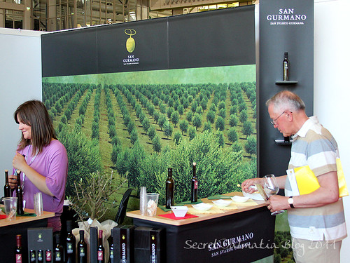 San Gurmano stand with several great olive oils