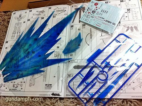 Building MC RX-93-2 Hi Nu Gundoom Gundam (19)