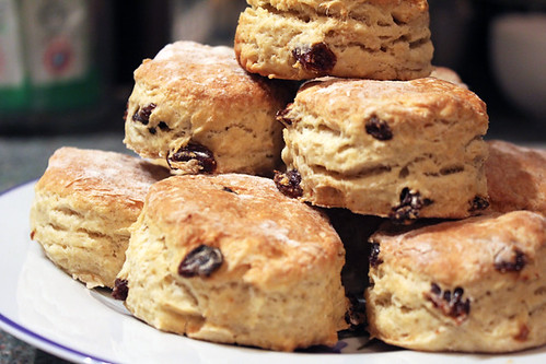 Cinnamon and Raisin Scones (1/4)