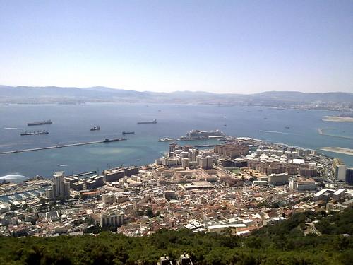 Introducción de la escapada a Reino Unido (Gibraltar Español). Día 1: Reino Unido (Gibraltar Español: Main Street, Casemates Square, Parlamento, Catedral, Peñón, Cueva San Miguel, Punta Europa, etc).
