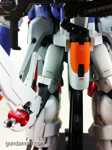 MG EX-S Gundam Custom Painted (21)