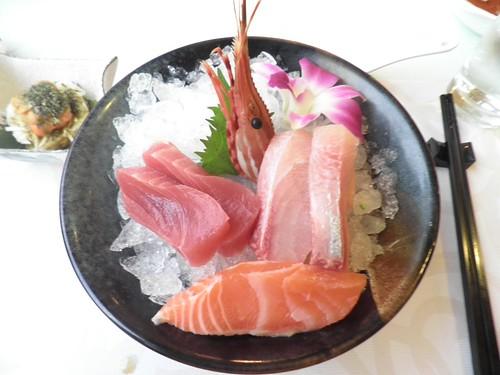 皇家季節酒店_時令生魚片牡丹蝦