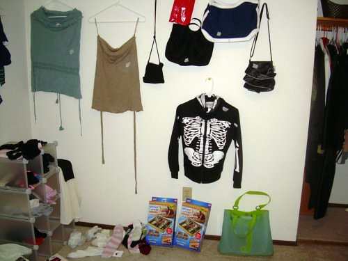 Bony hoodie and other items