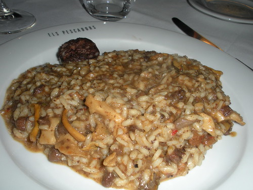 Rice with mushrooms and blood sausage