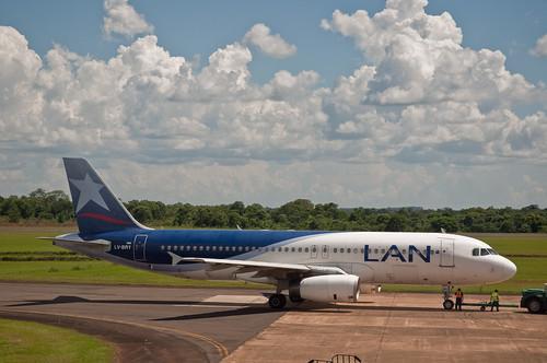 LAN Argentina A320., Puerto Iguazu, Misiones, 6th. Jan. 2011