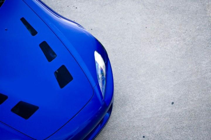 quarter view hood