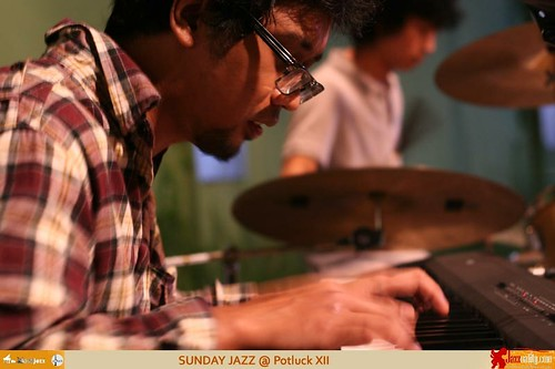 Sunday Jazz XII - Sonny Akbar Trio (1)