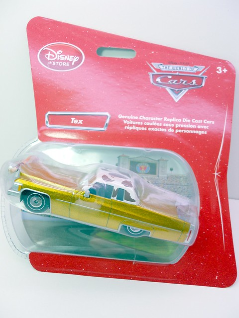 disney store CARS tex Dinoco (1)