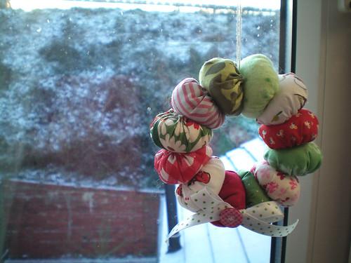 Scrappy Wreath Ornament Tutorial