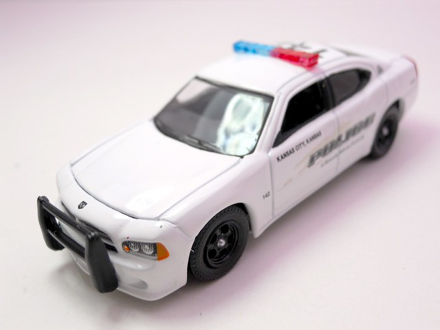 greenlight hot pursuit 2008 dodge charger kansas city police (3)
