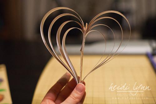020411 paper heart garland 006