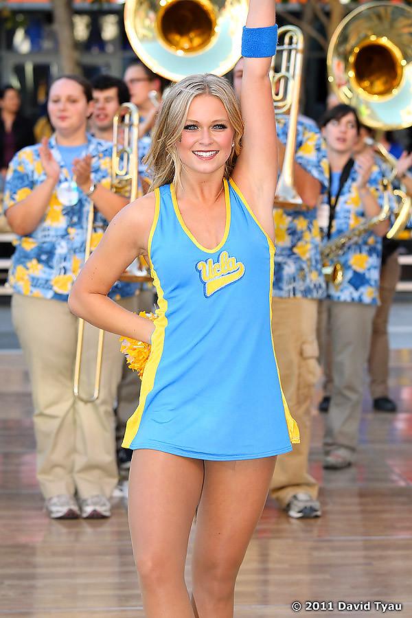 UCLA Dance Team 006