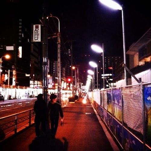 夜の街をさぁ、帰ろ! みんなー、お疲れ様でした。( ´ ▽ ` )ノ