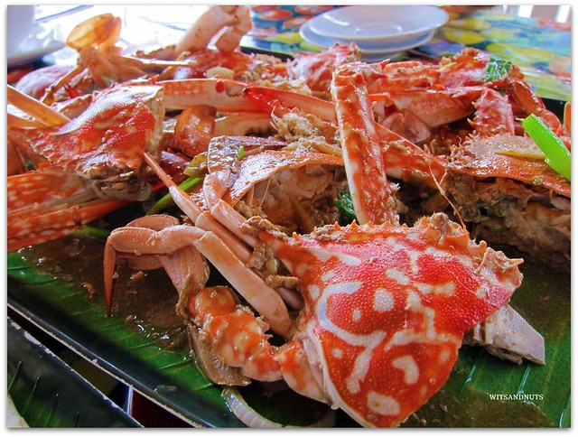 Buttered and gingered crabs