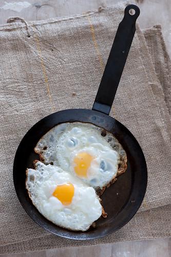 fried eggs-2