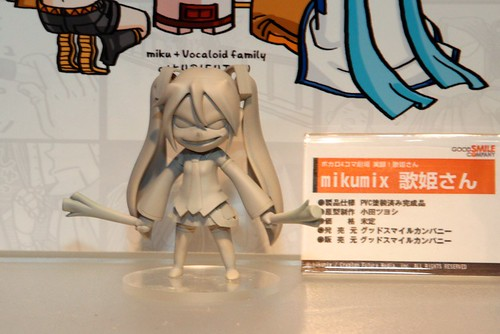 A scaled figure of Mikumix Miku, displayed at Summer WonFes 2010