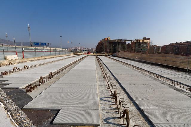 Pont de la Avda de Santa Coloma - desde lado montaña - 10-02-11