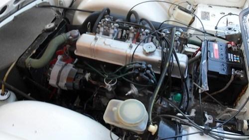Il vano motore della mia Triumph TR6