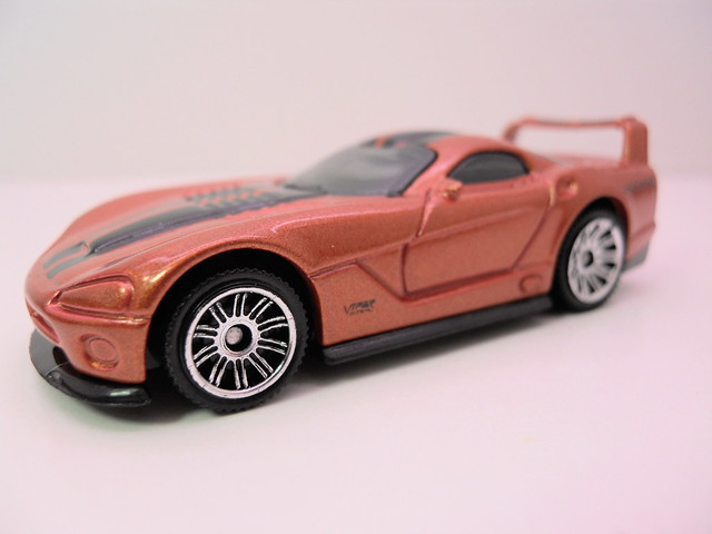 matchbox dodge viper gts-r bronze (2)