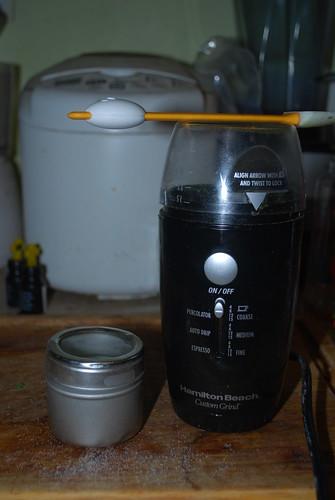 grinding up stevia