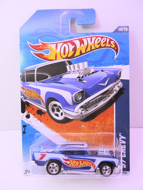 hot wheels racing '57 chevy (1)