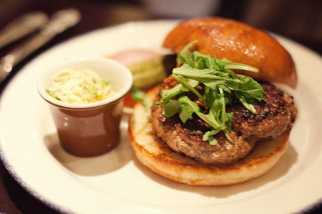 Pork burger with chorizo