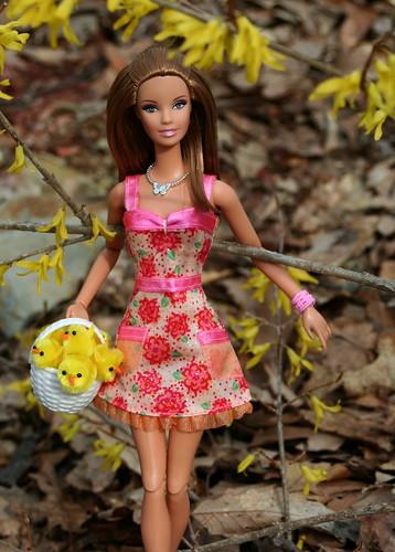 Barbie & Her Easter Chicks