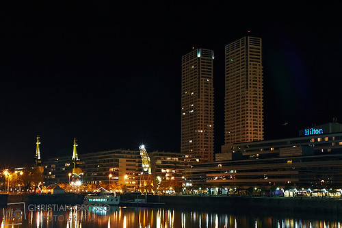 "Puerto Madero • <a style=""font-size:0.8em;"" href=""http://www.flickr.com/photos/20681585@N05/5893220870/"" target=""_blank"">View on Flickr</a>"