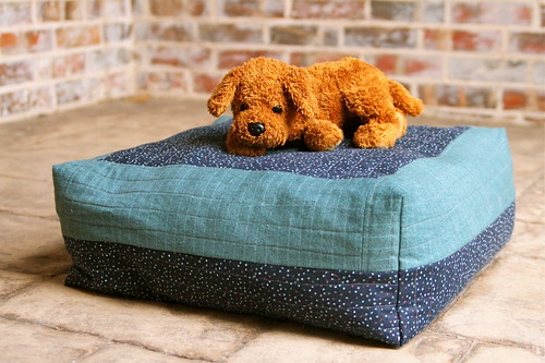 Pet Bed from Fabric Scraps
