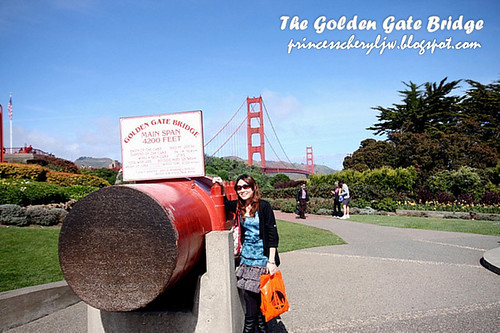 princess at golden gate bridge 2