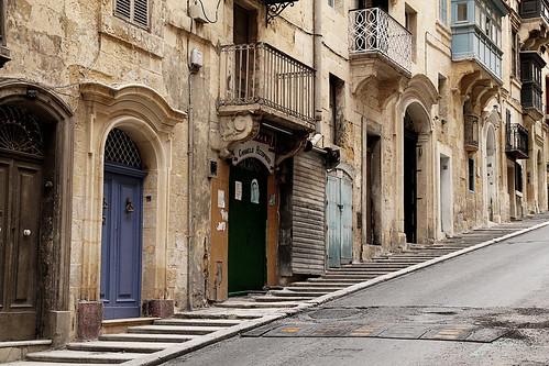 Steep-street-Valletta