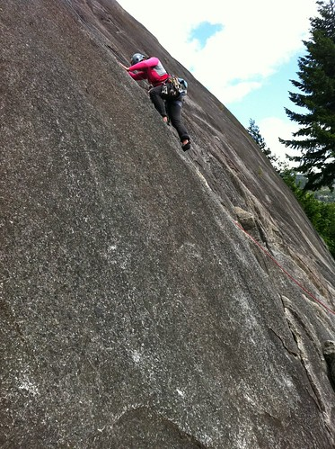 Leah (mock) leading Dusty Eyes 5.4 at Burgers and Fries