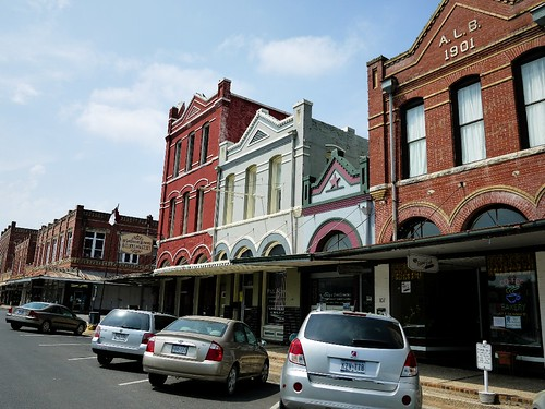 Lockhart city