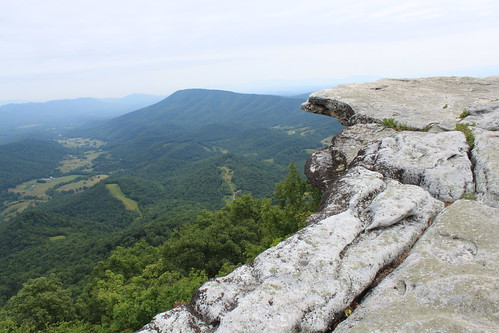 McAfee's Knob - Knob and Tinker Cliffs