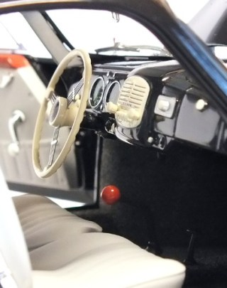 AutoArt Porsche 356 cruscotto