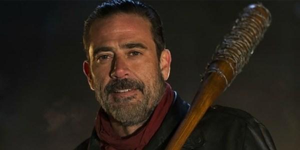 """Negan, de """"Walking Dead"""", diz que fãs pedem para serem amordaçadas"""