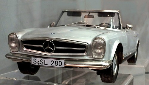 Premium Classixxs Mercedes 230 SL 1-12