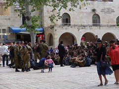 Soldiers enjoying a tour of the Jewish Quarter in Jerusalem