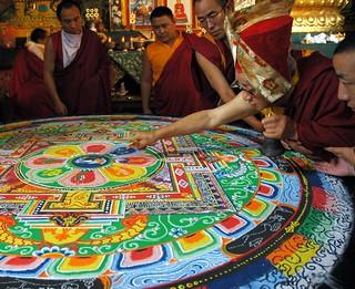 HH Dagchen Sakya draws a line through the Heva...