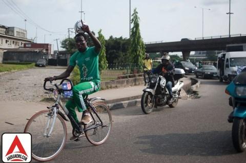 #Bola: Pesepakbola Amatir Nigeria Pecahkan Rekor Dunia yang Unik