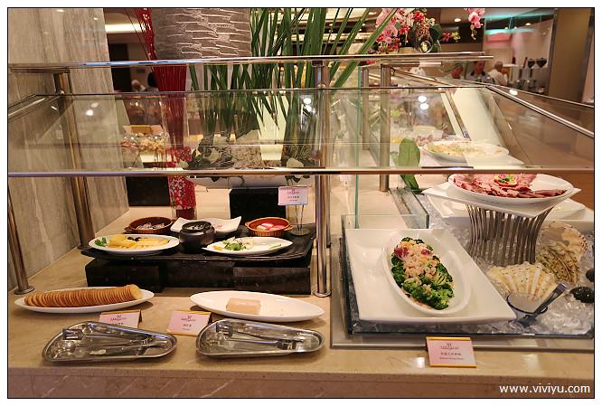 [宜蘭.約訪]長榮鳳凰酒店(礁溪)~房間就是湯屋.超大床可以翻滾 @VIVIYU小世界