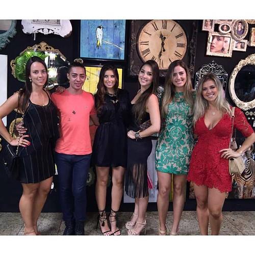 Hathane Rezende, Wesley Schimidt, Laís Cysne, Marina Suda, Rafaela Machado e Larissa Tilli