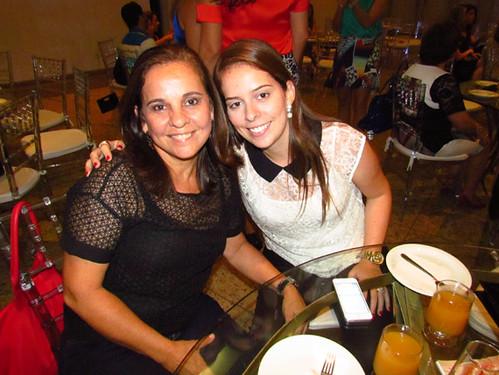 Merle Oliveira e Maria Luiza