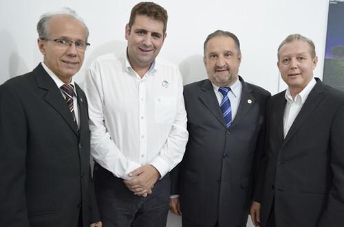 Benedito Pacífico, Marcus Vinícius Bizarro, Paulo César Pedrosa  e José Maria Facundes - Inauguração da sede do Sindhorb - Foto Emmanuel Franco (7)