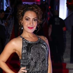 "Atriz Fabiula Nascimento questiona sexóloga na TV: ""Vibrador vicia?"""