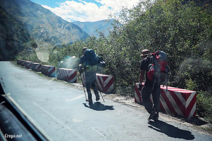 2015.11.15 | Tibet 西藏踢北去 | 終於踏上拉薩,吸著傳說中的稀薄氧氣與高山症對決 18.jpg