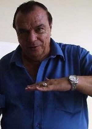 """Gil Gomes volta à TV após 10 anos: """"Sonhava todos os dias"""""""