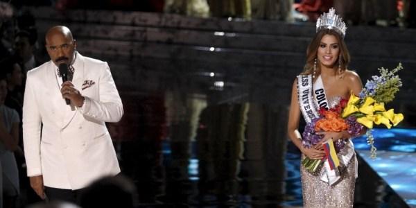 Organização do Miss Universo quer manter apresentador que errou o resultado