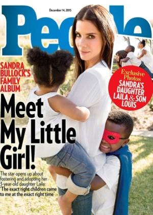 Sandra Bullock adota uma menina de três anos, diz revista